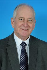 Councillor Robert Vines